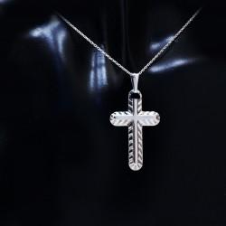 Stříbrný přívěsek křížek 22