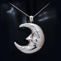 Stříbrný přívěsek měsíc 2