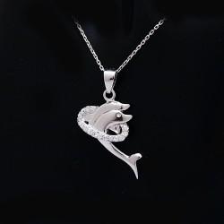 Stříbrný přívěsek delfíni 2