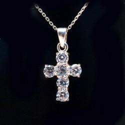 Stříbrný přívěsek kříž s kameny 9